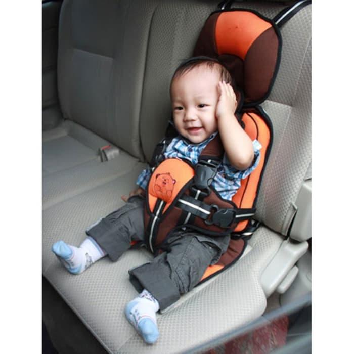 Можно ли перевозить ребенка в бескаркасном автокресле