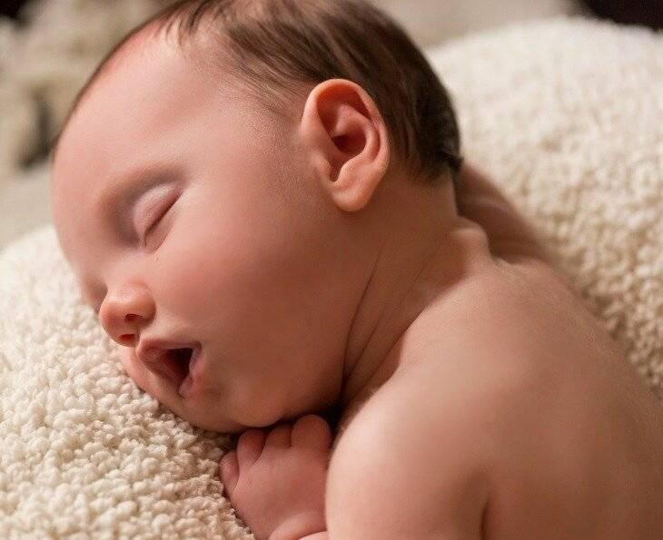 Ребенок высовывает язык? ждите нарушение прикуса