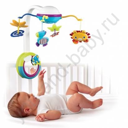 Нужен ли мобиль на кроватку для новорожденного и с какого возраста