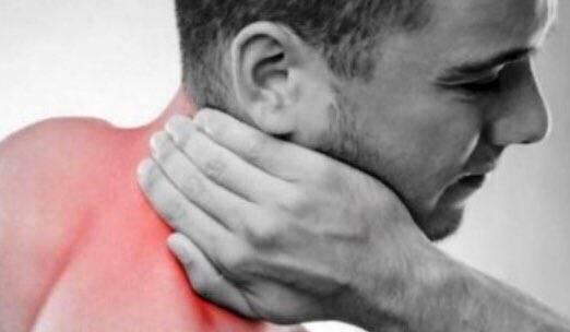 Причины боли в шее у ребёнка и 7 способов решения проблемы
