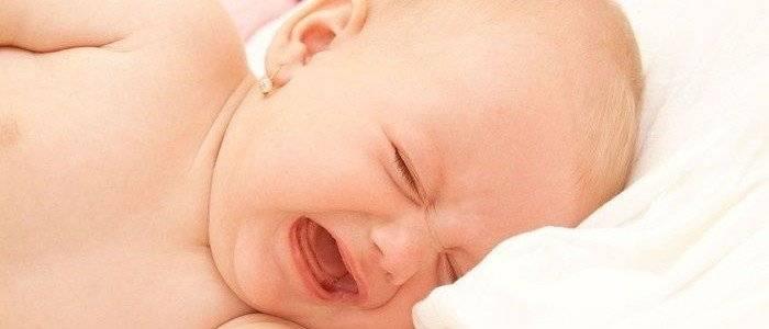 Почему во время сна текут слюни у взрослых и детей?