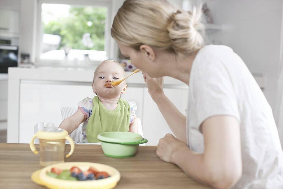 Детское питание из магазина: основные хитрости