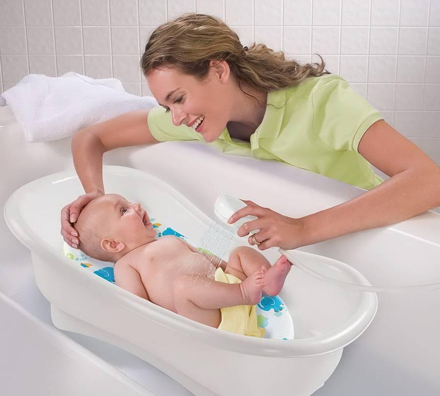 Самые удобные приспособления для купания новорожденных: выясняем что-для чего, определяемся что нужно нам