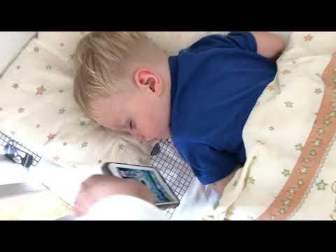 Как уложить ребенка спать – лучшие способы и советы как правильно и быстро заставить спать малыша. основные правила, которые помогут родителям быстро уложить спать новорожденного малыша днем и ночью