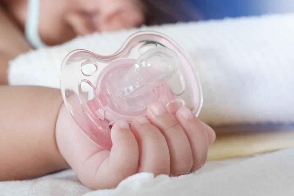 Как выбрать соску-пустышку для новорожденного