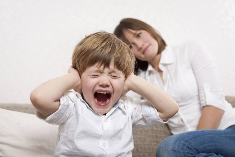 Если грудничок капризничает без причины: 10 кризисов малыша. возрастные кризисы у ребенка до 1,5 лет