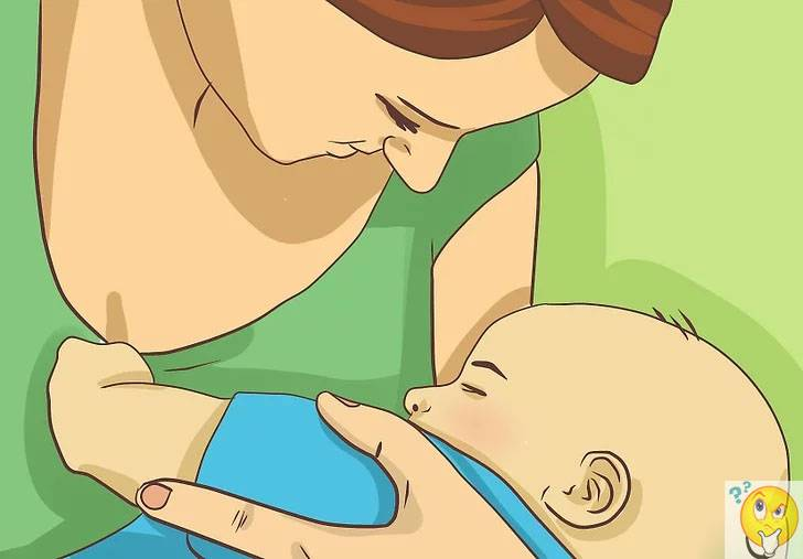 Нужно ли будить новорожденного для кормления ночью?
