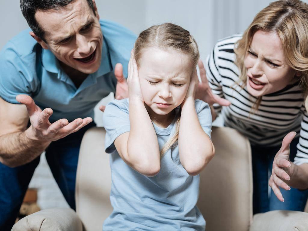 Я опять накричала на ребенка. почему быть родителем так трудно. как перестать кричать на детей