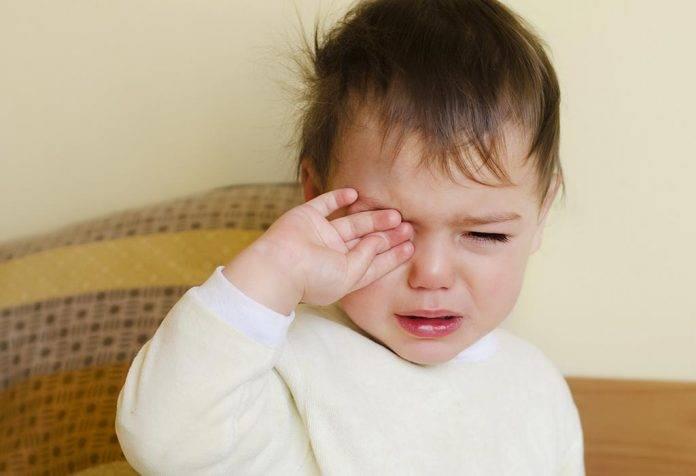 Ребенок постоянно ноет: почему и что делать родителями с нытьем