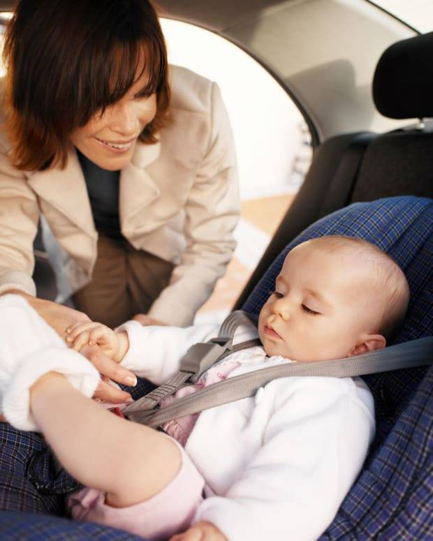 Ребенка укачивает в машине: что делать, если тошнит и рвет в транспорте, и почему это происходит? - мытищинская городская детская поликлиника №4