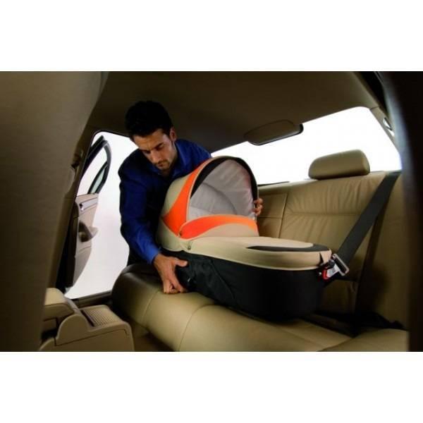 Особенности перевозки новорожденных в автомобиле