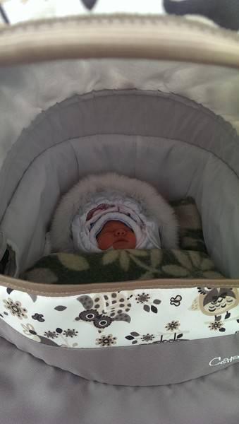 Прогулки зимой с новорожденным: с чего начать? как одевать новорожденного зимой на прогулку