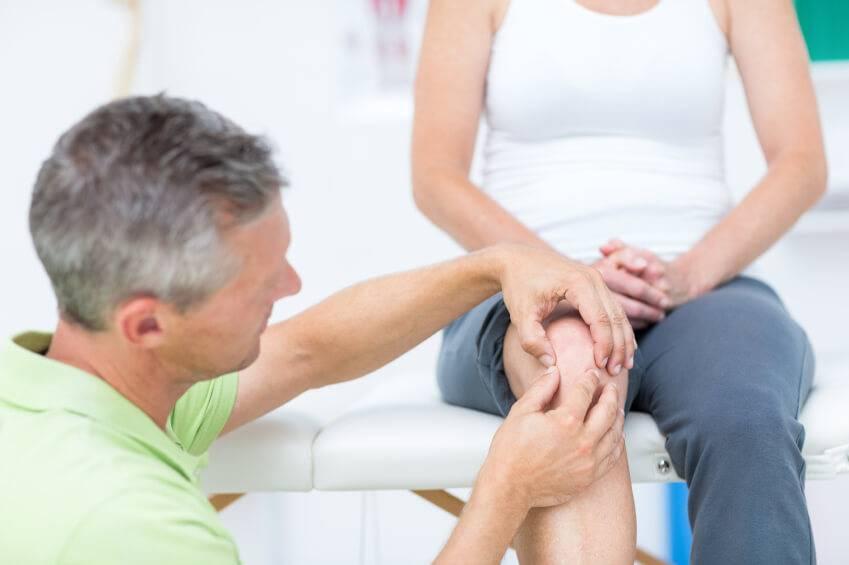 Каковы риски операции по замене коленного сустава?