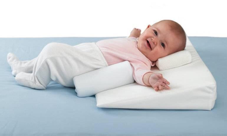 Детские подушки для сна от года, от 2—3 лет: советы комаровского