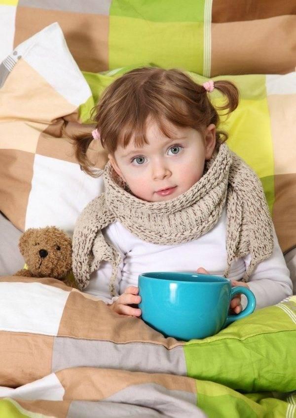 Как защитить грудничка от инфекций старших деток? - здоровье малыша и все что с ним связано - страна мам