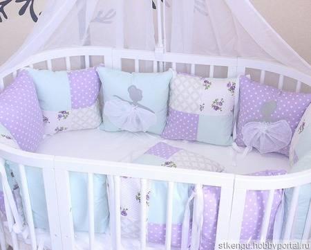 7 лучших комплектов в кроватку
