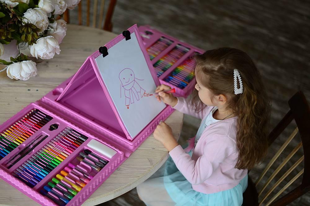 Что подарить девочке на 5 лет: самые лучшие идеи подарка на день рождения