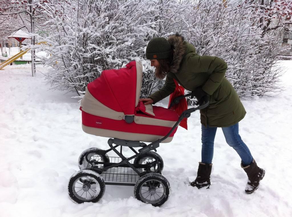 Какую выбрать коляску для новорожденного для зимы?