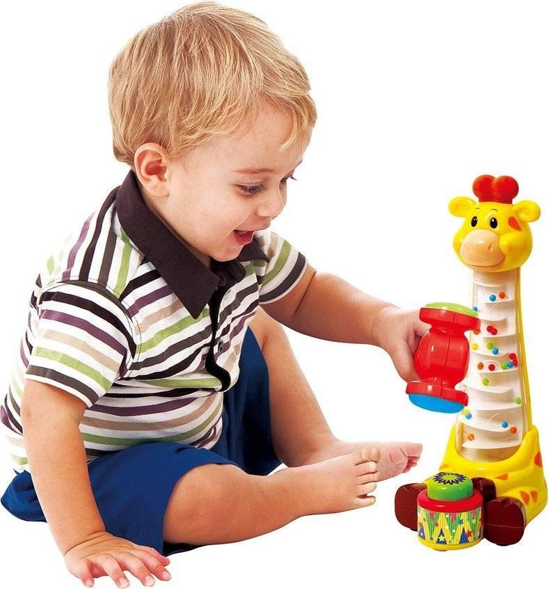 Игрушки в 5 месяцев ребенку для развития: что лучше купить малышу