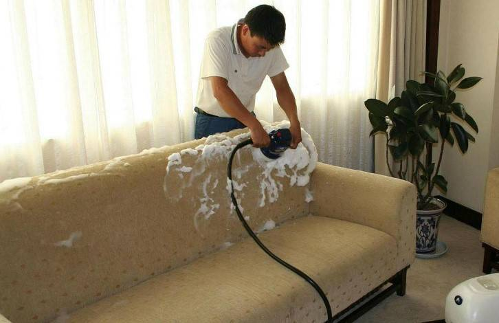 Как очистить диван от мочи ребенка в домашних условиях — чем его помыть, чтобы избавиться от запаха?