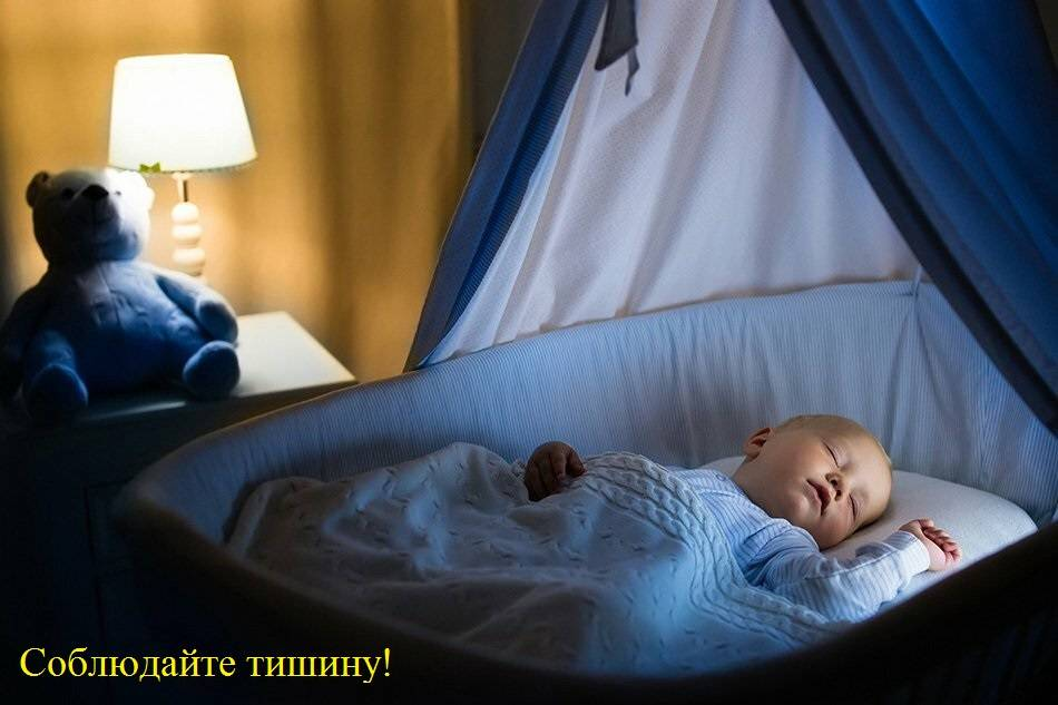 Грудничок плохо спит ночью — вертится и кряхтит
