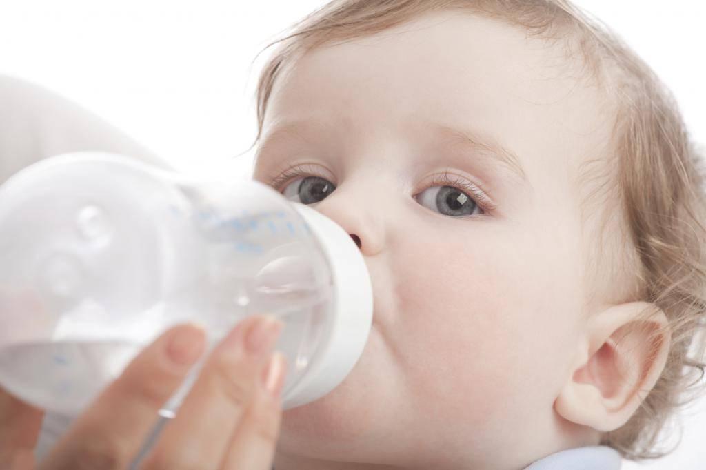 Какую воду пить младенцу?   | материнство - беременность, роды, питание, воспитание