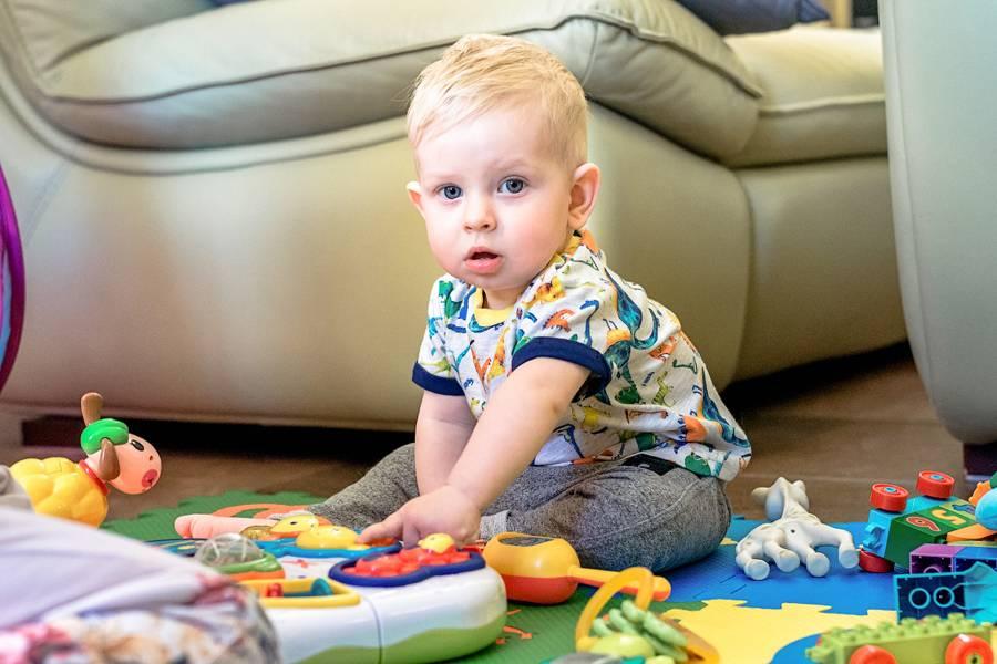 Ребенку 3 месяца: что важно знать о развитии малыша в этом возрасте