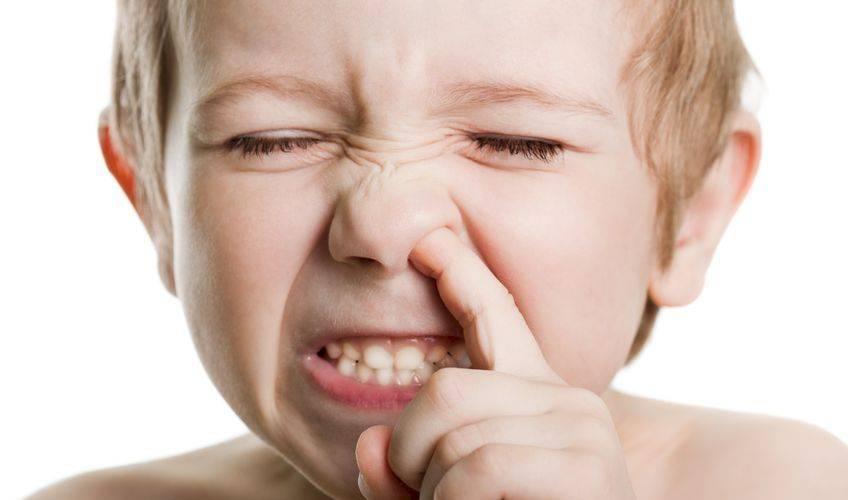 Ребенок чешет глаза и иногда нос: причины и способы решения проблемы - мытищинская городская детская поликлиника №4