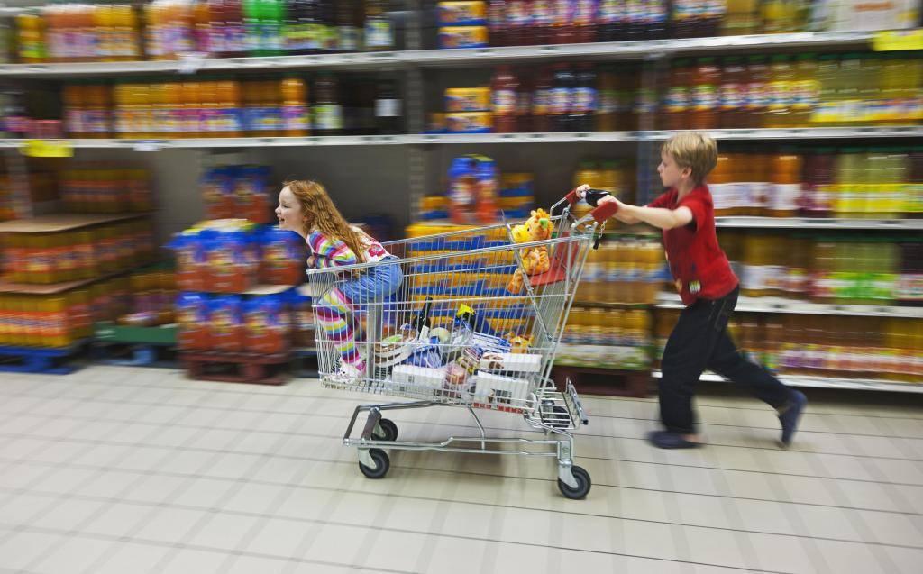 Прибираете ли вы за собой корзину в продуктовом магазине? - страна мам