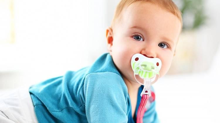 Как отучить ребенка от сосания пустышки без слез: 6 правил и 4 табу