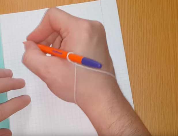 Как научить ребенка держать ручку. 5 простых трюков  