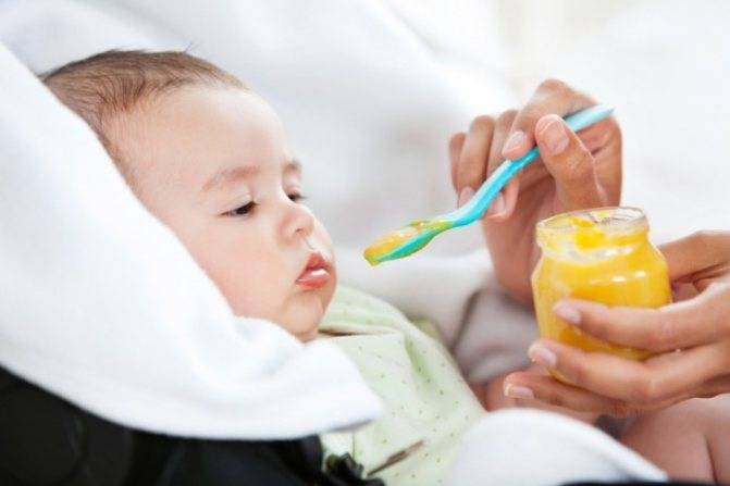 Почему младенец плохо ест и что делать в этой ситуации