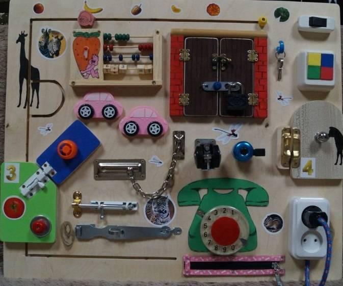 Бизиборд своими руками для девочек: мастер-класс по изготовлению развивающей доски