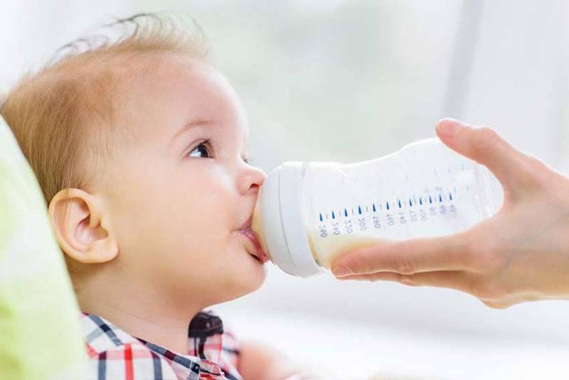 Запор у новорожденного при грудном вскармливании   почему возникает запор у ребенка на гв   микролакс®