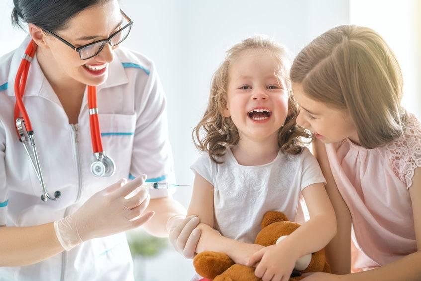 Нужны ли прививки детям: обзор противопоказаний и мнения специалистов