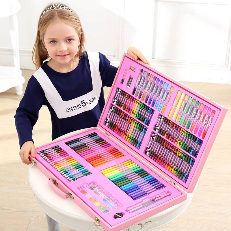 Что подарить девочке на 4 года (18 фото): выбираем лучший подарок на день рождения