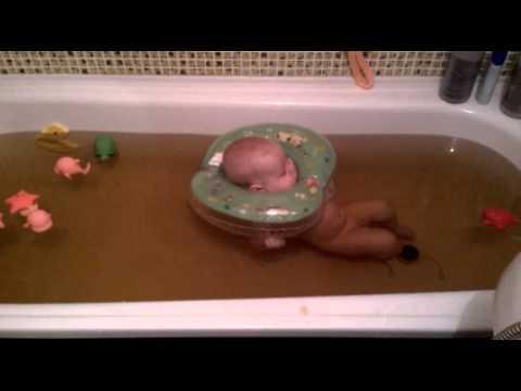 Купание новорожденного в ванне с ромашкой: можно ли, как заварить и развести, сколько