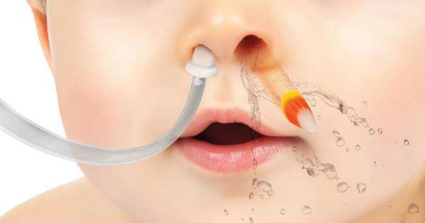 Как достать у ребенка из носа инородное тело: что делать