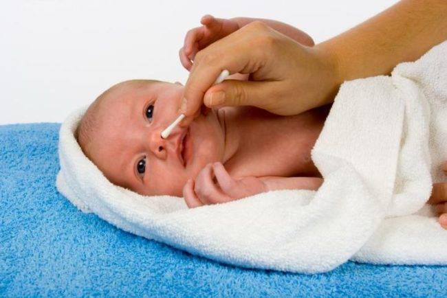 Уход за кожей новорожденного: основные правила