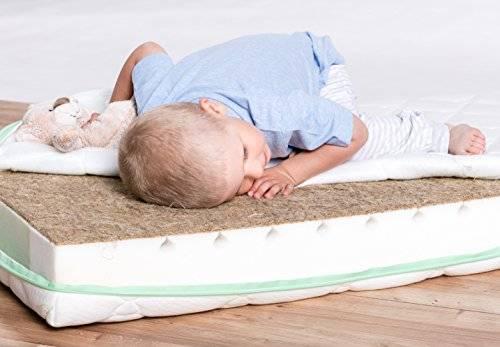 Матрас в детскую кроватку: какой лучше выбрать для новорожденного (размеры, виды)