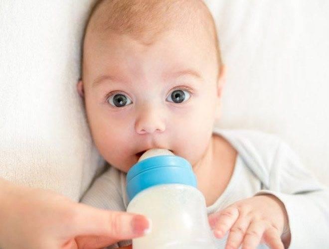 Икота у новорождённых | если грудничёк икает, что делать?