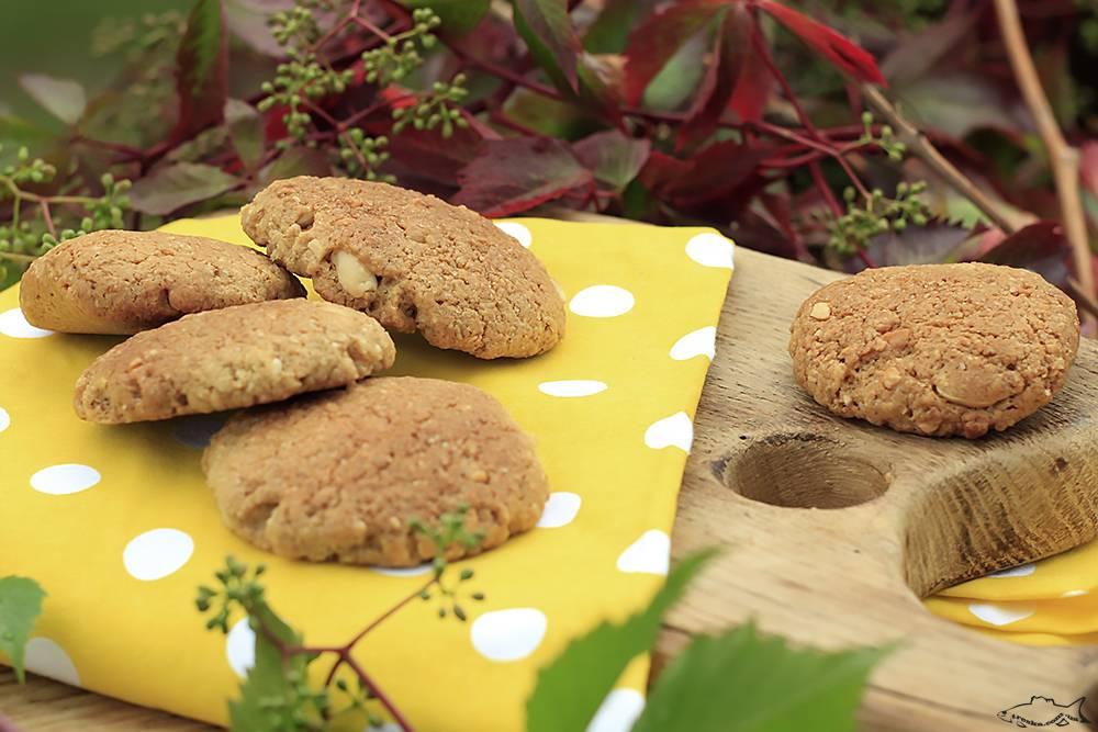 Овсяное печенье с бананом - рецепт (диетическое, постное)