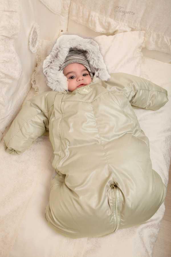 Конверт одеяло на выписку: характеристики, зима, весна, лето, осень, трансформер для новорожденных, утеплитель