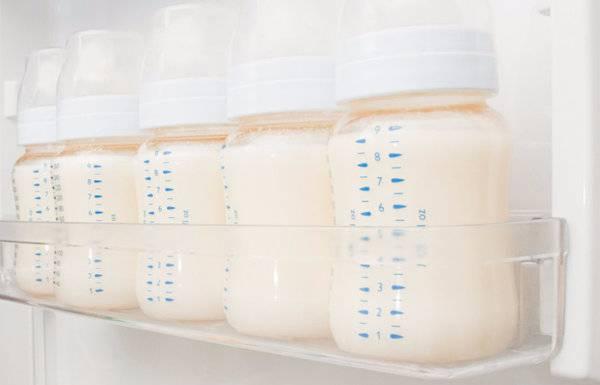 Грудное молоко: как сохранить качество после сцеживания