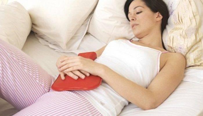 Выходят газы и воздух из матки после родов: почему так бывает и что делать?