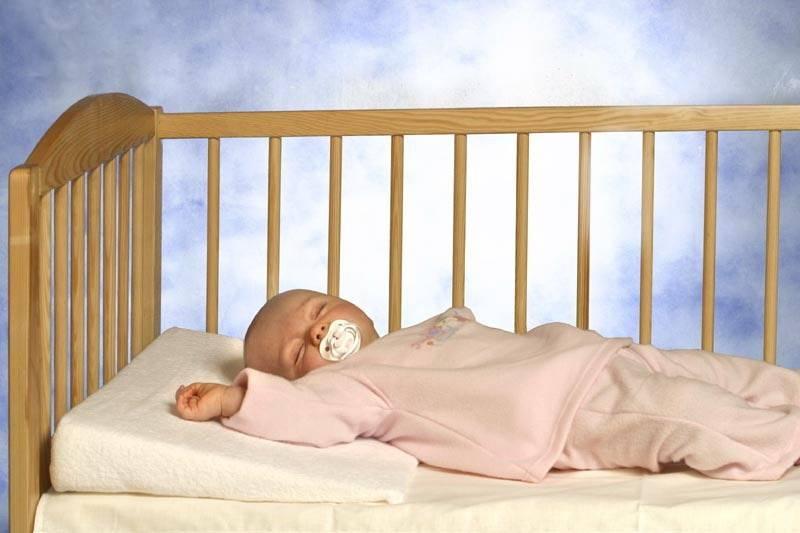 Как приучить ребенка засыпать в кроватке самостоятельно?