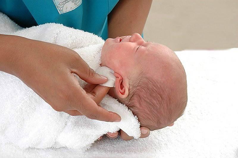 Уход за кожей новорожденного — основные правила