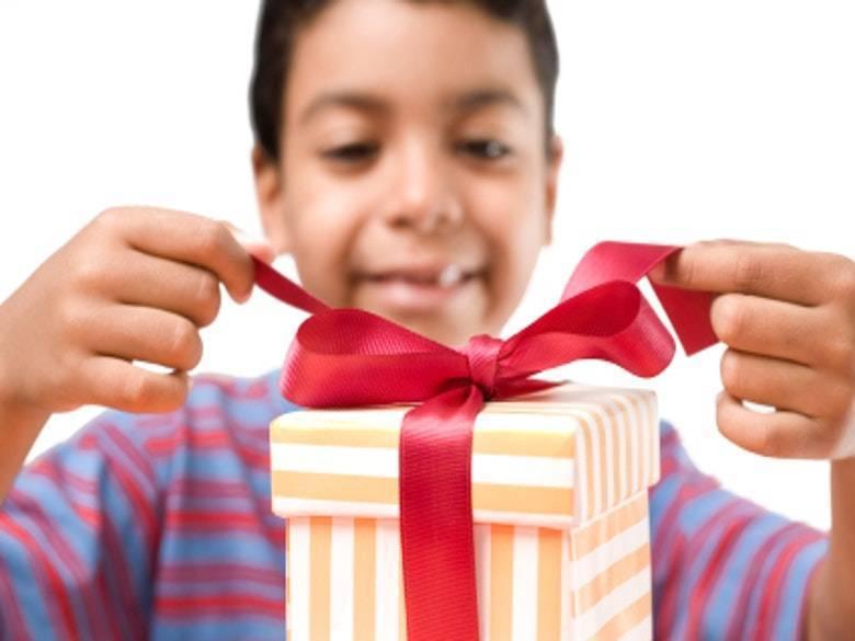 Что подарить мальчику