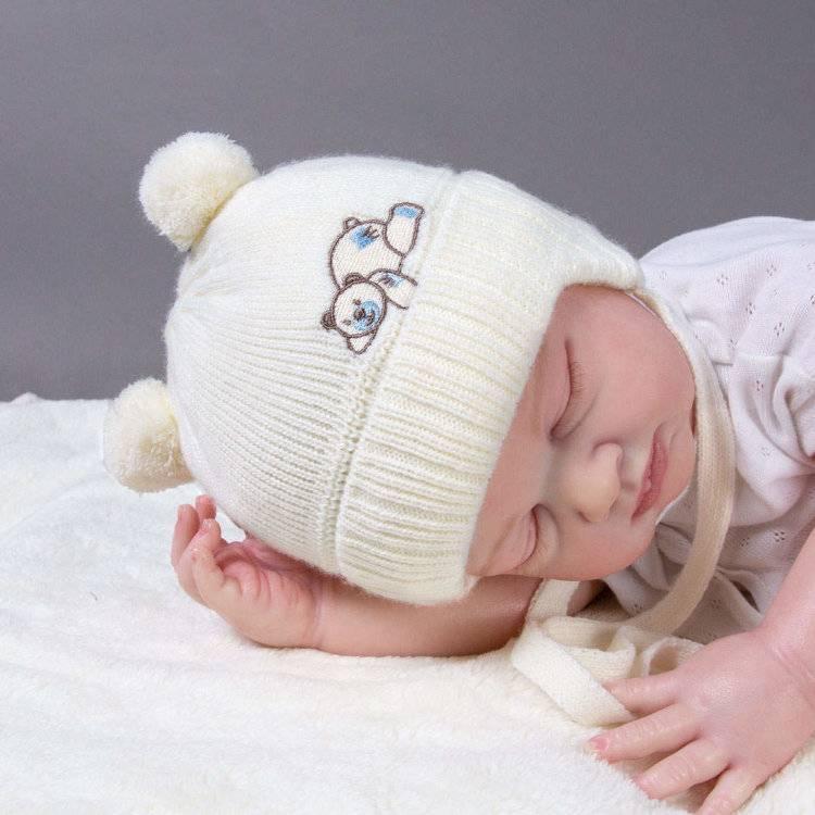 Шапочка для новорожденного спицами: как связать для девочки, мальчика, видео с описанием для начинающих, схемы