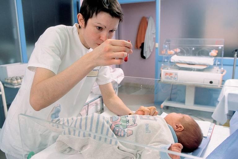 Как берут кровь из вены у грудничков: правила забора биоматериала у детей до года